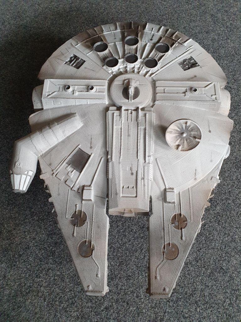 3D_model_starwars_millenium_falke_6